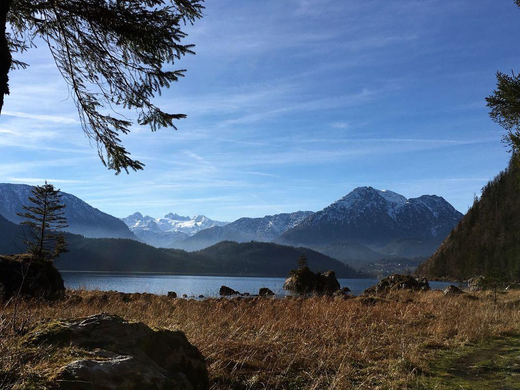 Das Ausseerland - vom Altausseersee mit Blick auf den Dachstein