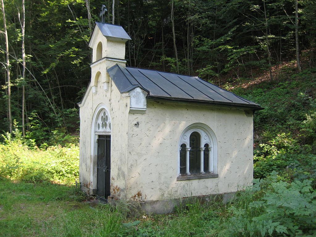 Die Ferrary-Kapelle am Attersee